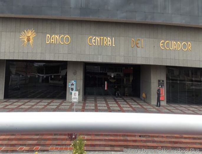 Banco de Centro thumb 8 Small Things About Traveling to Cuenca, Ecuador that Make a Big Difference