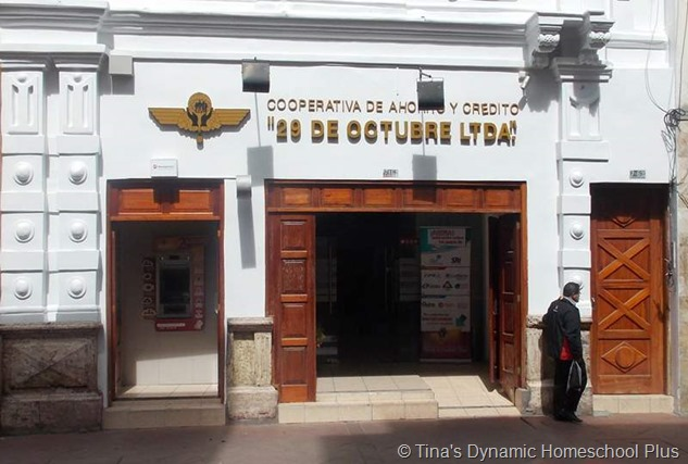 Cuenca Bank thumb 8 Small Things About Traveling to Cuenca, Ecuador that Make a Big Difference