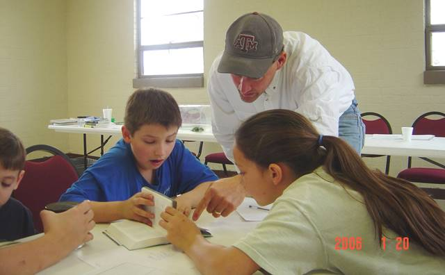 Homeschooling Learning at a 4H Club with others who are science-minded