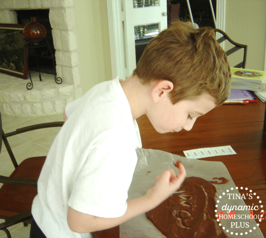 Practice beginning homeschool spelling with chocolate pudding. Yum! Tina's Dynamic Homeschool Plus