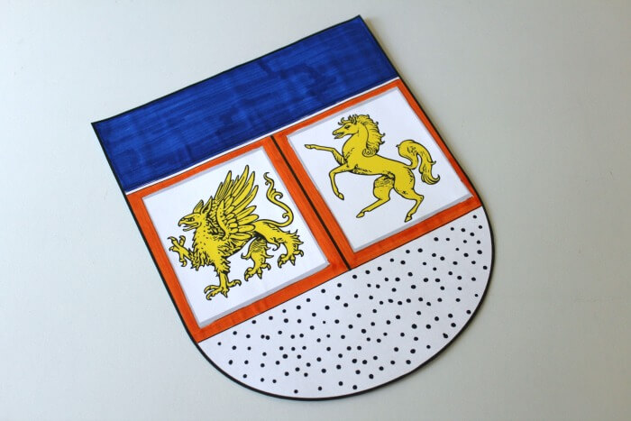 DIY Coat of Arms Craft